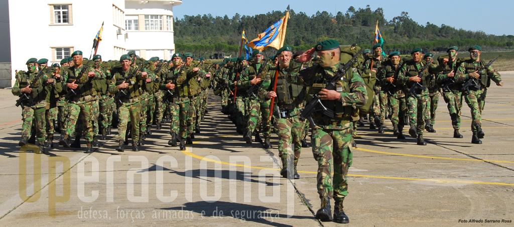 O 2º Batalhão de Infantaria Pára-quedista