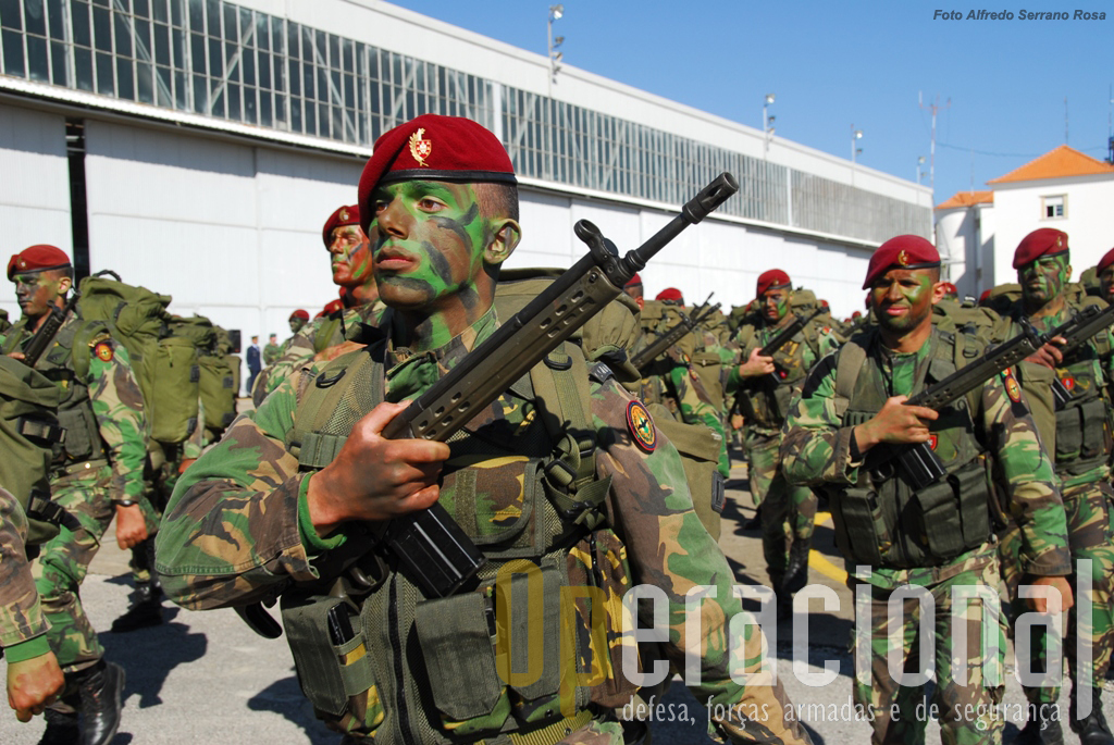 Comandos do Exército Português. As unidades da BRR já têm experiência operacional em vários teatros de operações.