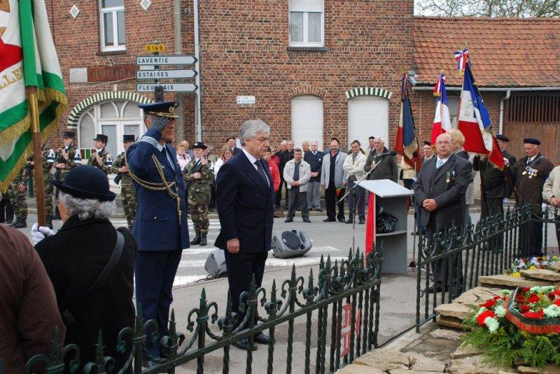 O Embaixador de Portugal em França, Dr. Francisco Seixas da Costa presidiu, em 18ABR09, às comemorações do 91º Aniversário da Batalha de LA LYS. (Foto oficial Embaixada de Portugal em Paris)