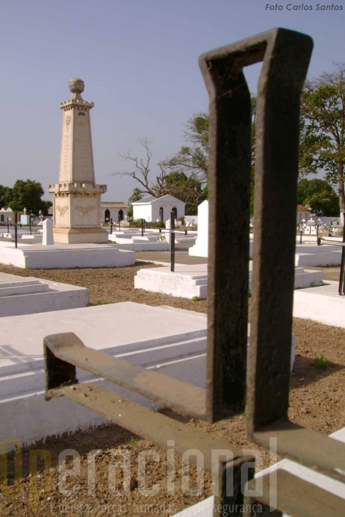 Mesmo que os cemitérios nas antigas colónias estejam mantidos com dignidade, quem serão os familiares dos mortos que ali se poderão deslocar para o culto dos seus mortos?