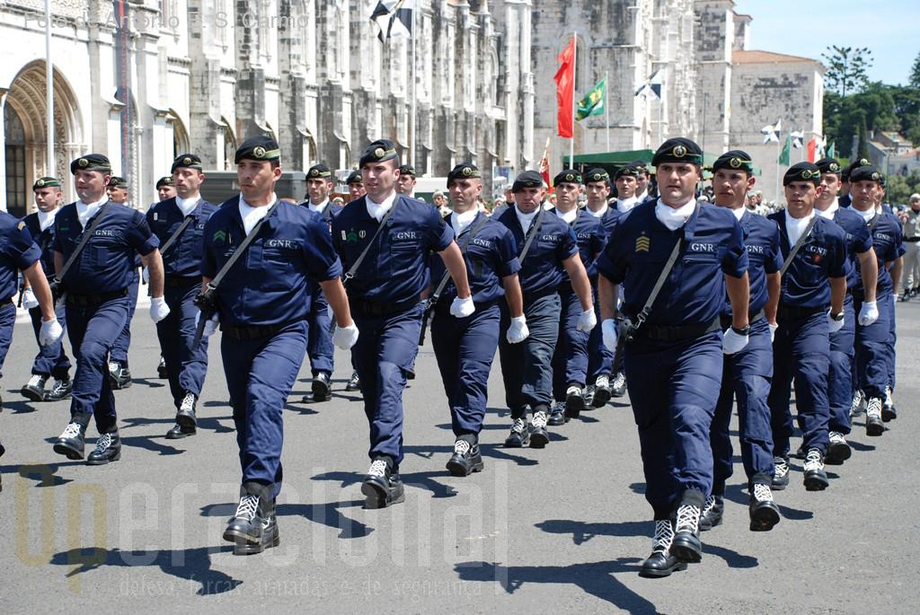 Os efectivos da Unidade de Intervenção (UI) foram os mais ovacionados.