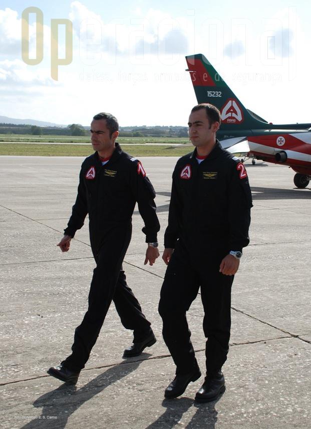 Major Piloto-Aviador PAULO VIDEIRA (Nº1-Team Leader) e Capitão Piloto-Aviador RICARDO RIBEIRO (Nº2-Wingman).