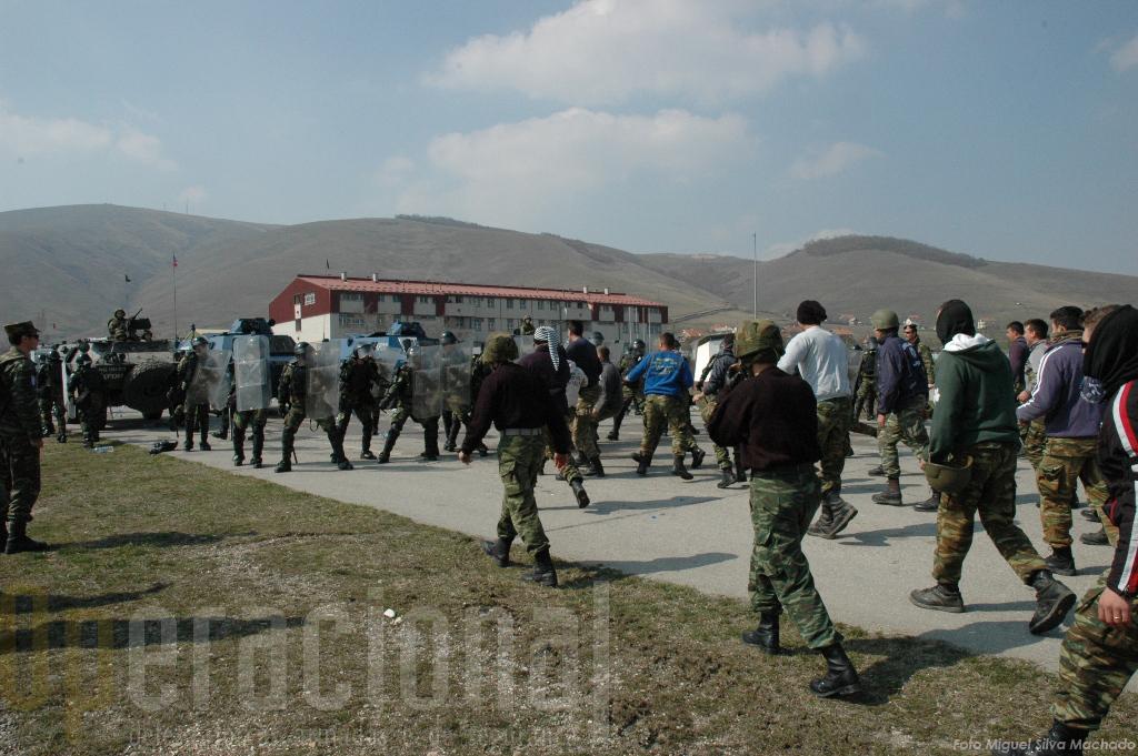 Treino de Controlo de Tumultos em Camp Vrelo