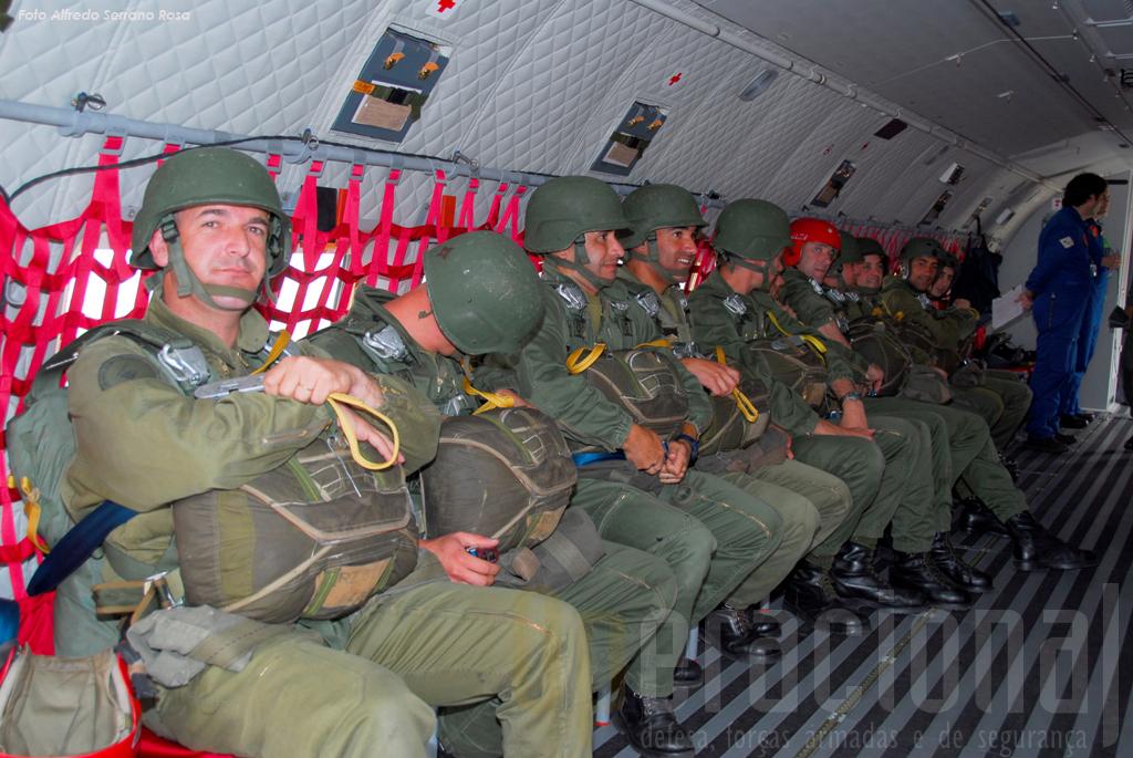 Sendo certo que cada salto é um salto diferente, este ainda mais o foi, e espera-se que taão breve quanto possivel muitos pára-quedistas saibam o que é saltar de um C-295M.