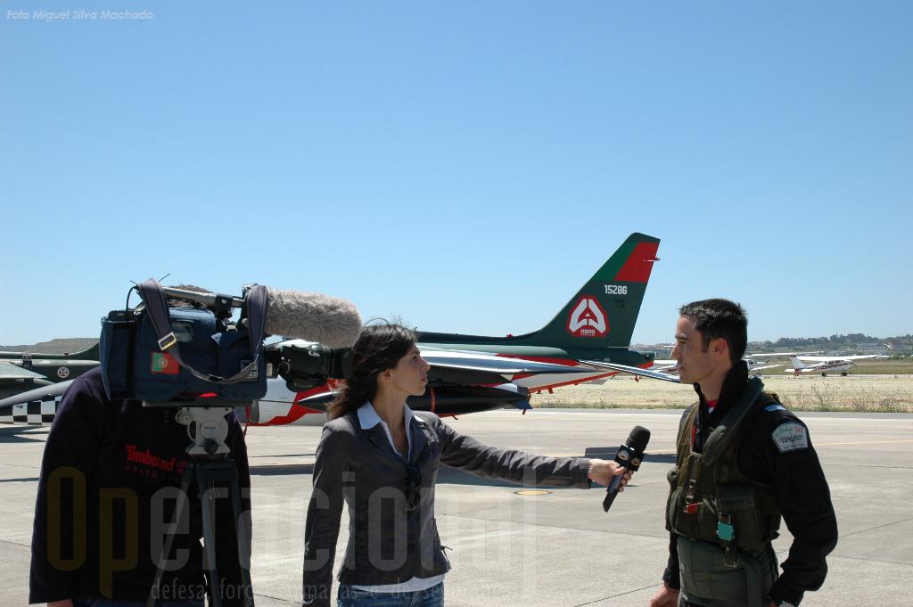 """Entrevistas antecipadas podiam ser inseridas na emissão do """"10 de Junho Militar"""""""