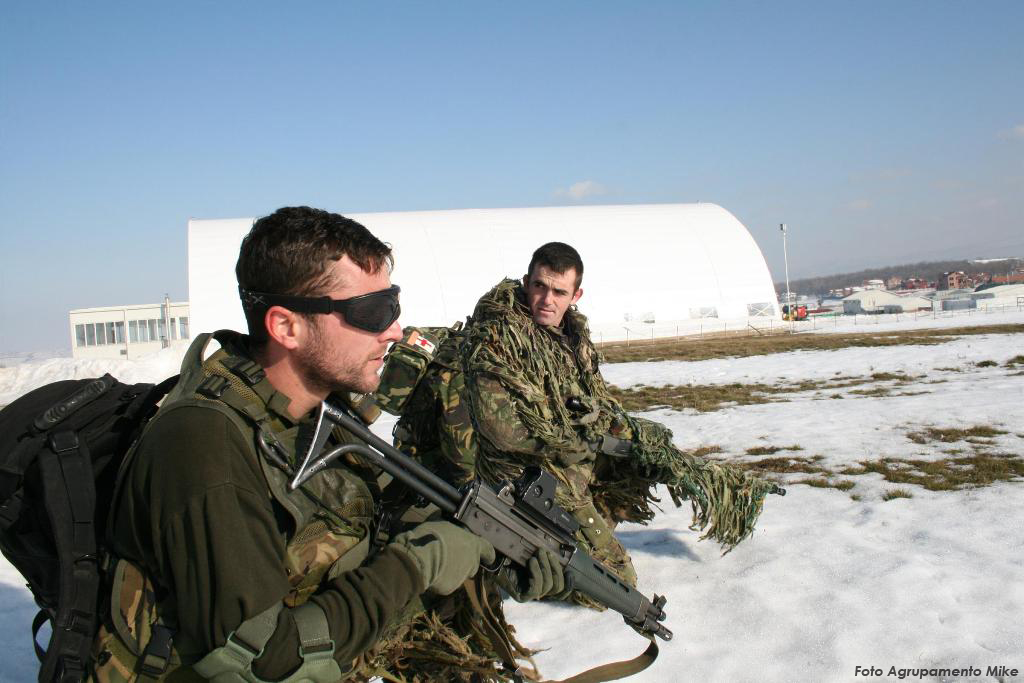 """Os militares em missão no estrangeiro, além de serem lembrados no discurso do Comandante Supremo, podem ser """"inseridos"""" na reportagem sobre o 10 de Junho."""
