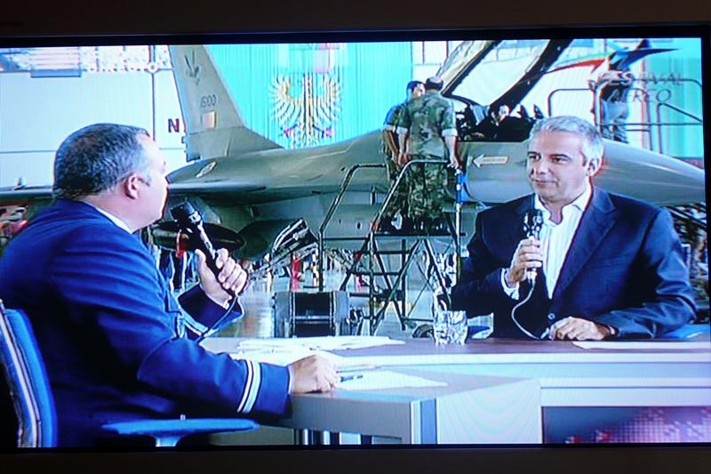 A relação entrevistador/militar decorreu sem incidentes e num tom adequado à ocasião