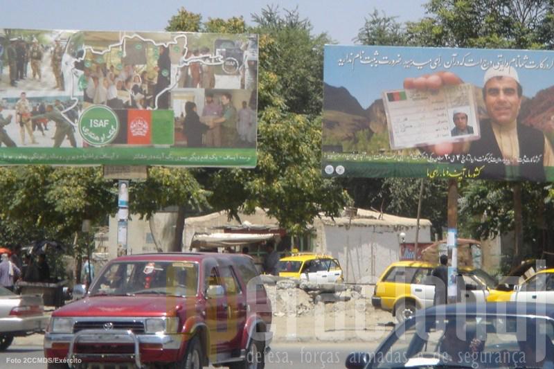 A ISAF têm que falar não só para a opinião pública do Afeganistão como para vastas audiências internacionais