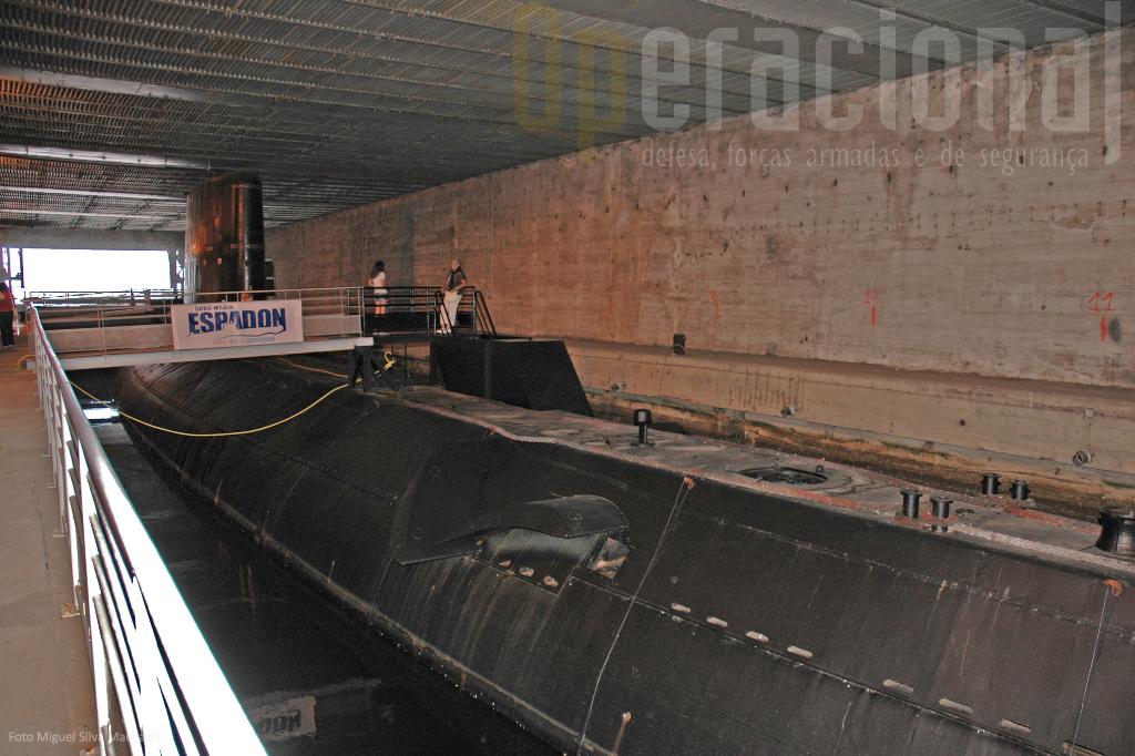 """O """"Espadon"""" foi o primeiro submarino francês a ser desmilitarizado e exposto ao público como museu."""