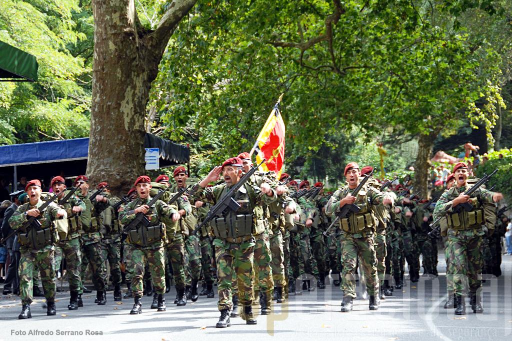 O Batalhão de Comandos actualmente aquartelado na Serra da Carregueira