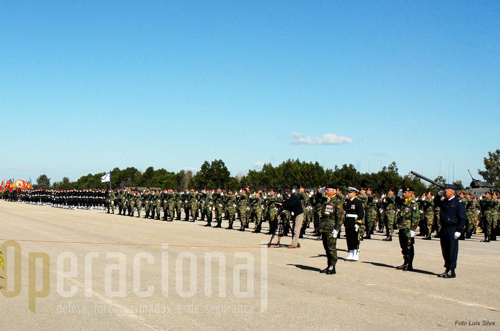 Em 16 anos as Forças Armadas Portuguesas foram reduzidas a metade