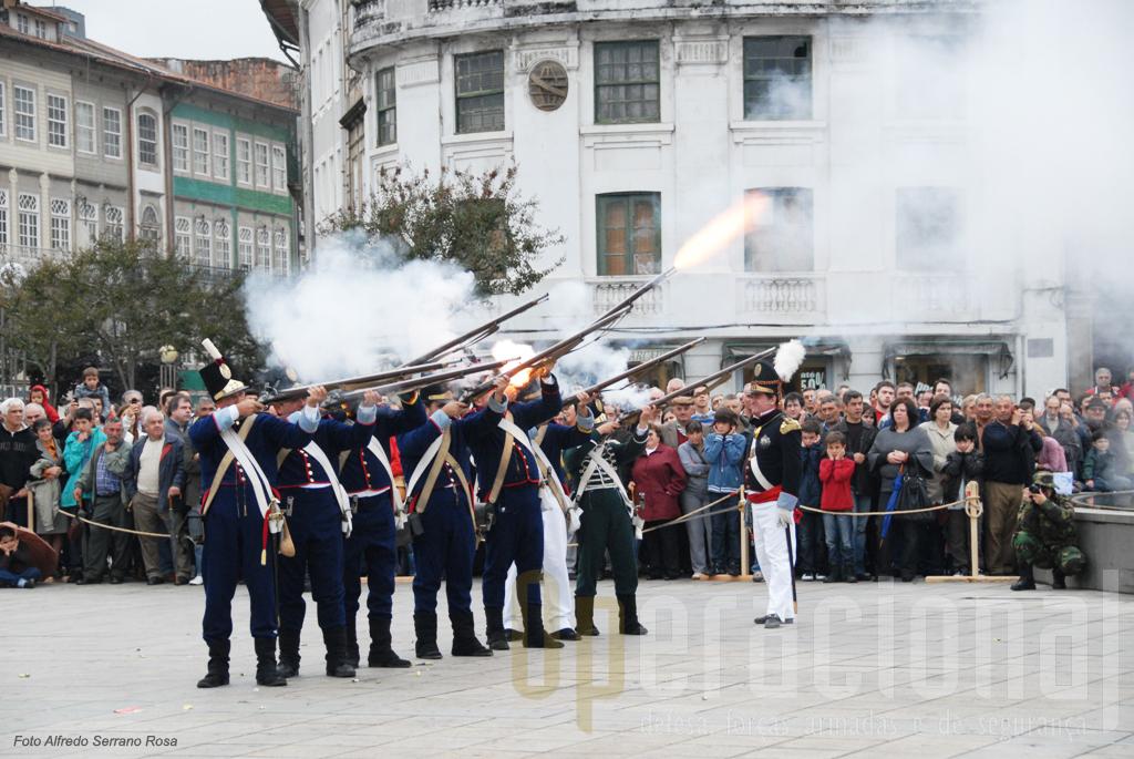 O estudo e a divulgação da História de Portugal também se faz assim.