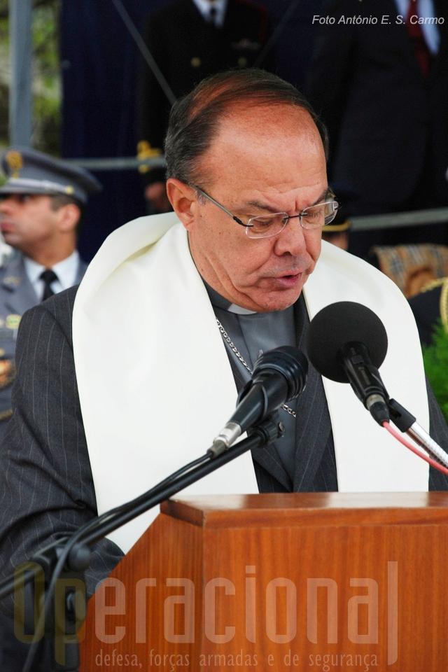 D.Januário Torgal Mendes Ferreira, Bispo das Forças Armadas evocandos os «mortos em combate».