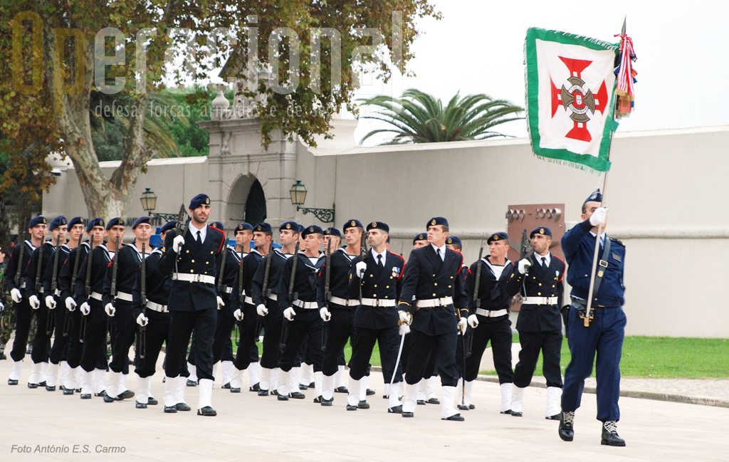 A Marinha fez-se representar pela sua infantaria: fuzileiros navais.