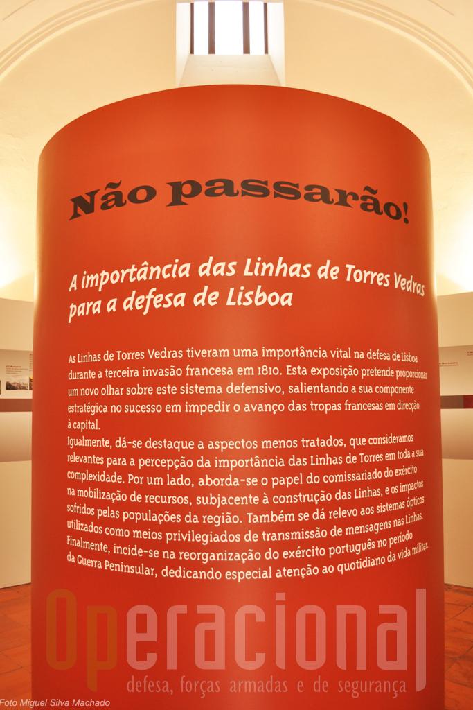 Na entrada deste núcleo é feito, além desta alusão à importância das Linhas, o enquadramento hisórico na época, em Portugal e na Europa, com as datas e factos mais significativos.