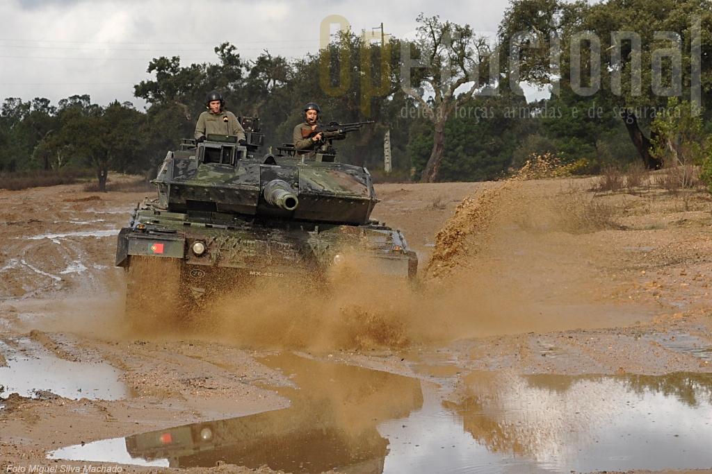 O Exército Português, pela primeira vez em 50 anos, está a um passo de ter uma moderna capacidade blindada