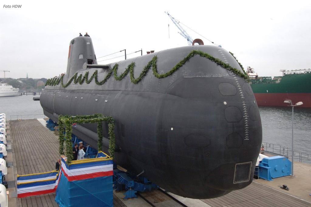 """O """"Tridente"""" U-209/PN  inaugura uma nova classe na primeira vez Portugal adquiriu este tipo de navios à Alemanha."""
