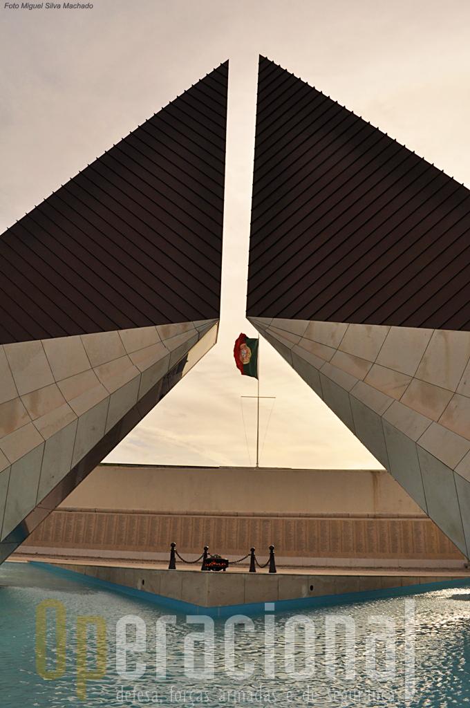 O Monumento que tanta polémica deu para ser eregido, é hoje, e ainda bem, o local por execelência escolhido para inúmeras homenagens nacionais aos combatentes portugueses das várias guerras onde Portugal esteve e está empenhado.