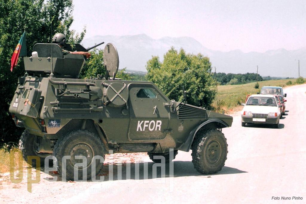 A M11, aqui na versão com torre 12.7mm, foi (e continua a ser) intensamente usada no teatro de operações do Kosovo pelas forças portuguesas