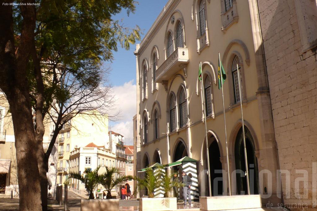 O Comando-Geral da GNR permanece no Largo do Carmo no centro de Lisboa