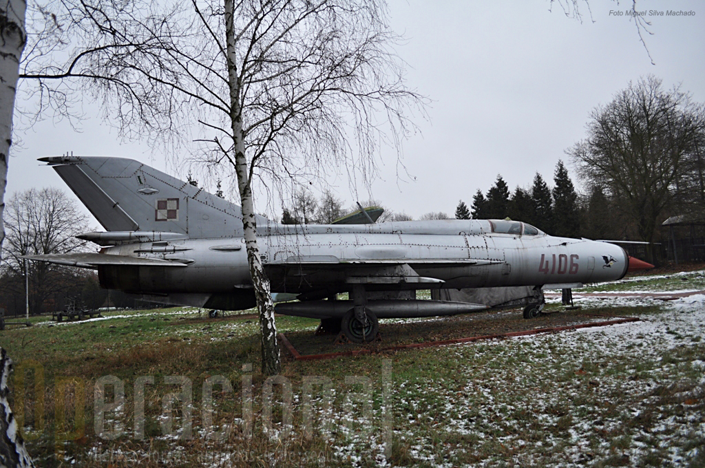 Mig-21 um dos mais divulgados caças a jacto de sempre, que equipou a Força Aérea Polaca entre 1963 e 2004.