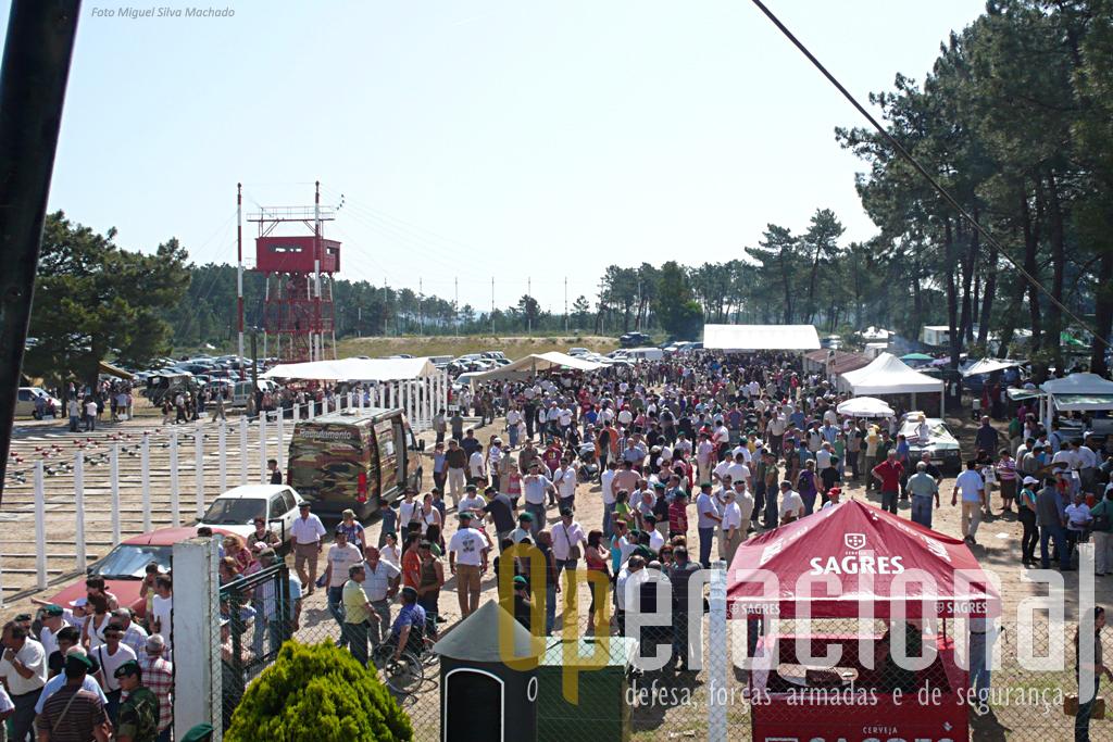 ...ao portão do Pinhal, onde pelas 09h30 o aspecto já era este...