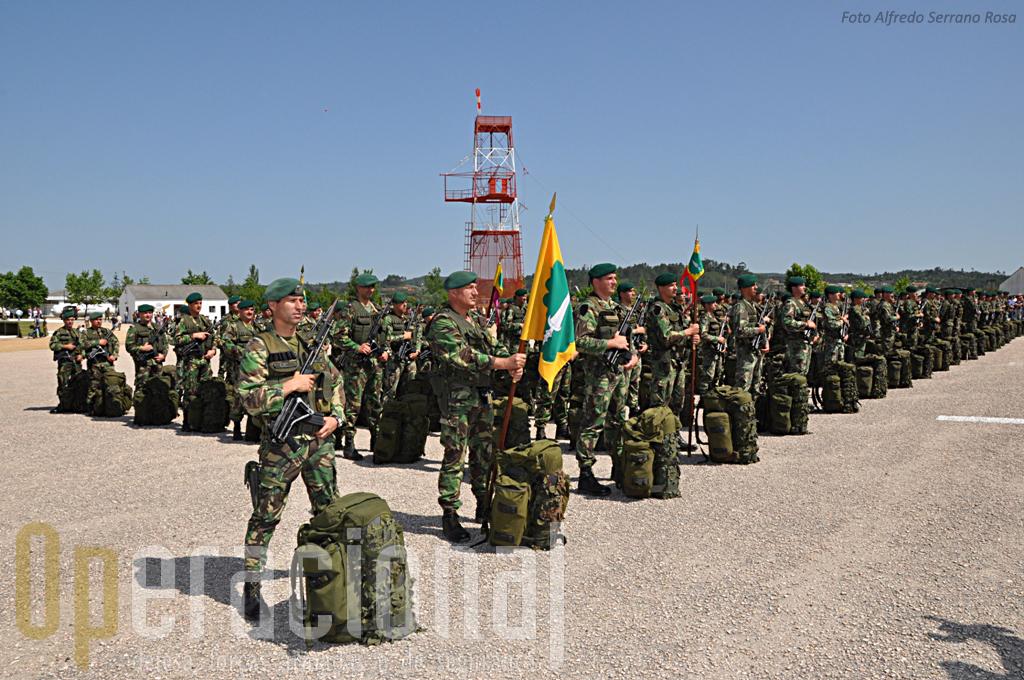 O 1º Batalhão de Infantaria Pára-quedista que em breve irá cumprir mais uma missão expedicionária, no Kosovo.