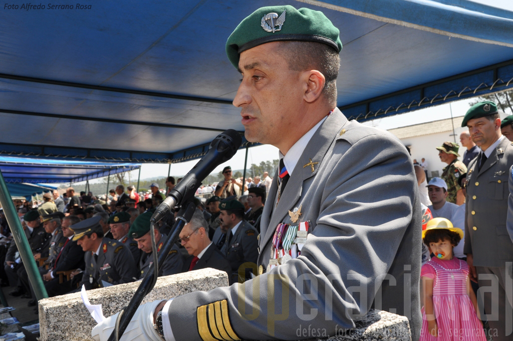 O Coronel Pára-Quedista Freerico Almendra