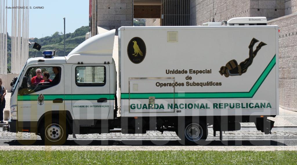 Viatura de apoio da Unidade Especial de Operações Subaquáticas/GIPS.