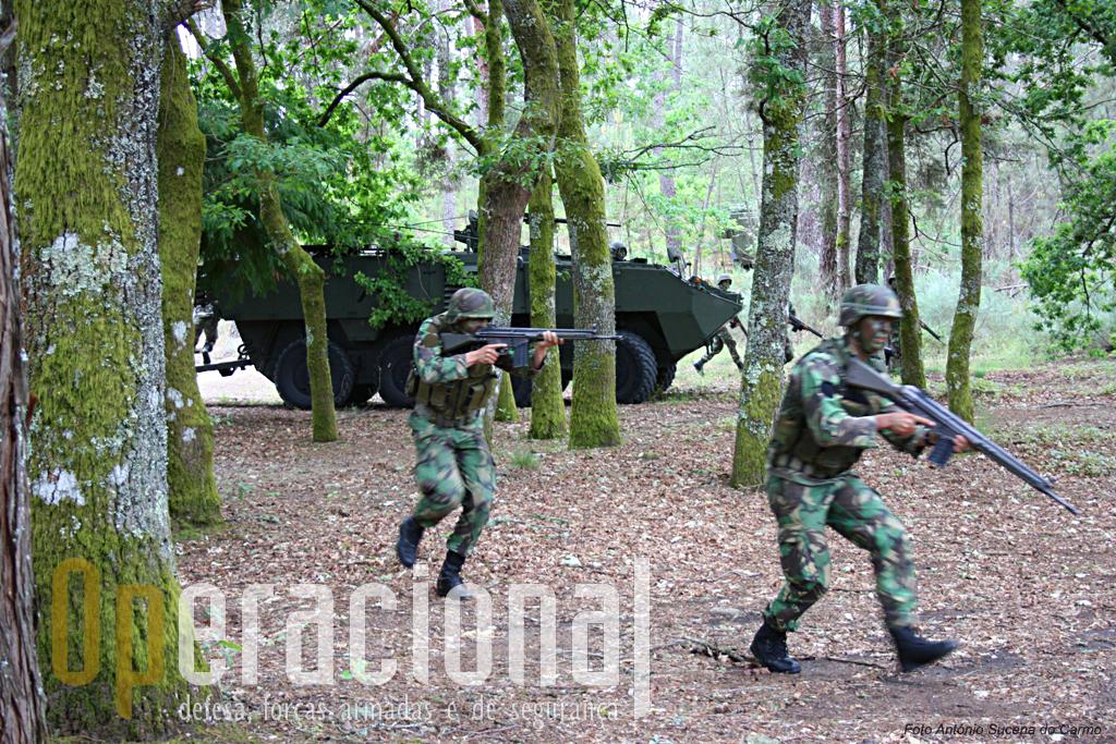 A técnica individual de combate e o treino táctico das secções e pelotões, vem aqui novamente ao de cima. O reconhecimento/assalto ao objectivo fez-se apeado.