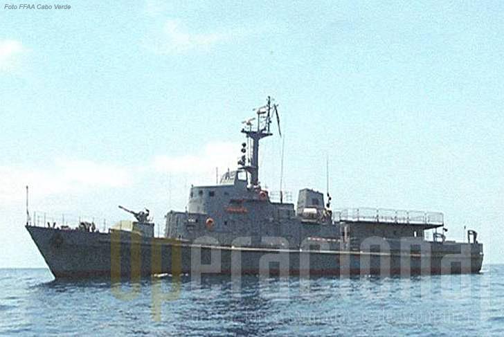 """O Navio Patrulha Oceânico """"Vigilante""""."""