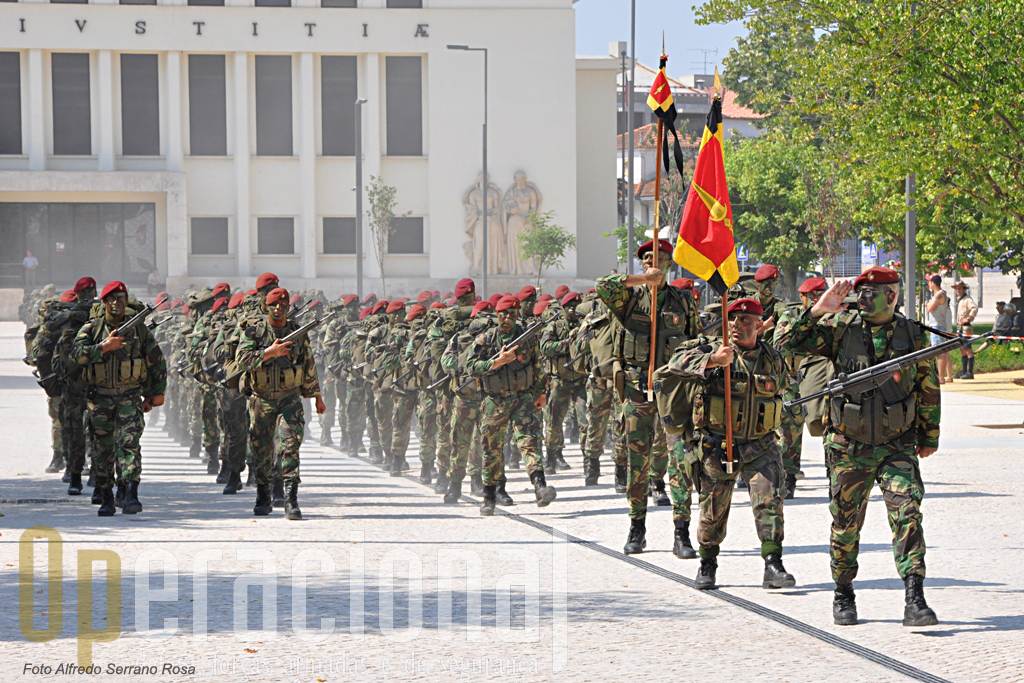 O Batalhão de Comandos que mantém uma companhia no Afeganistão e tem outra preparada para nova missão