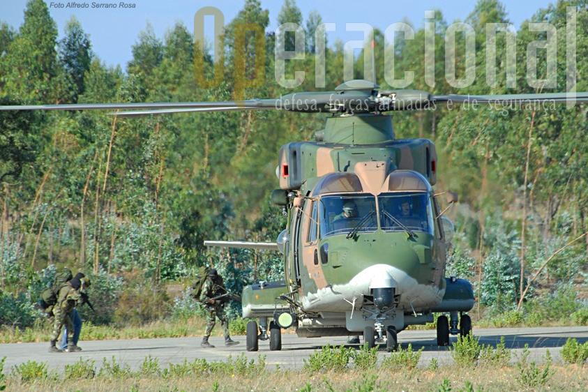 As forças de operações especiais de Lamego utilizaram os EH-101 em algumas das suas acções.