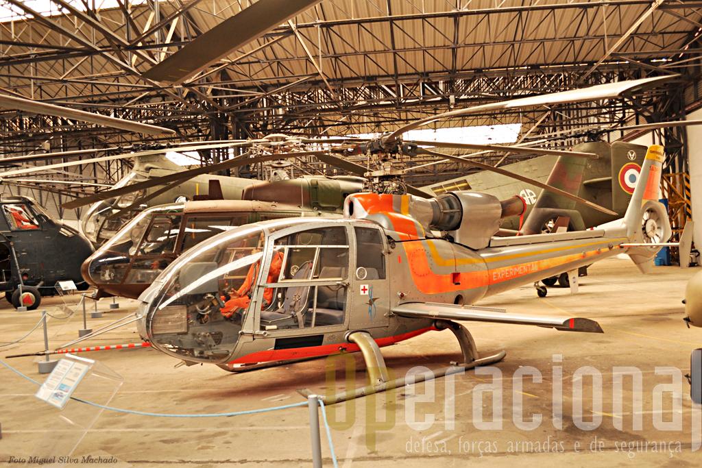 Este Gazelle experimental, designado SA 349-2, dispunha de duas asas e modificações no rotor que permitiram testar várias alterações em diferentes sistemas do helicóptero. Algumas das caracteriticas ainda hoje não são divulgadas... Foi oferecido ao museu em 1993.