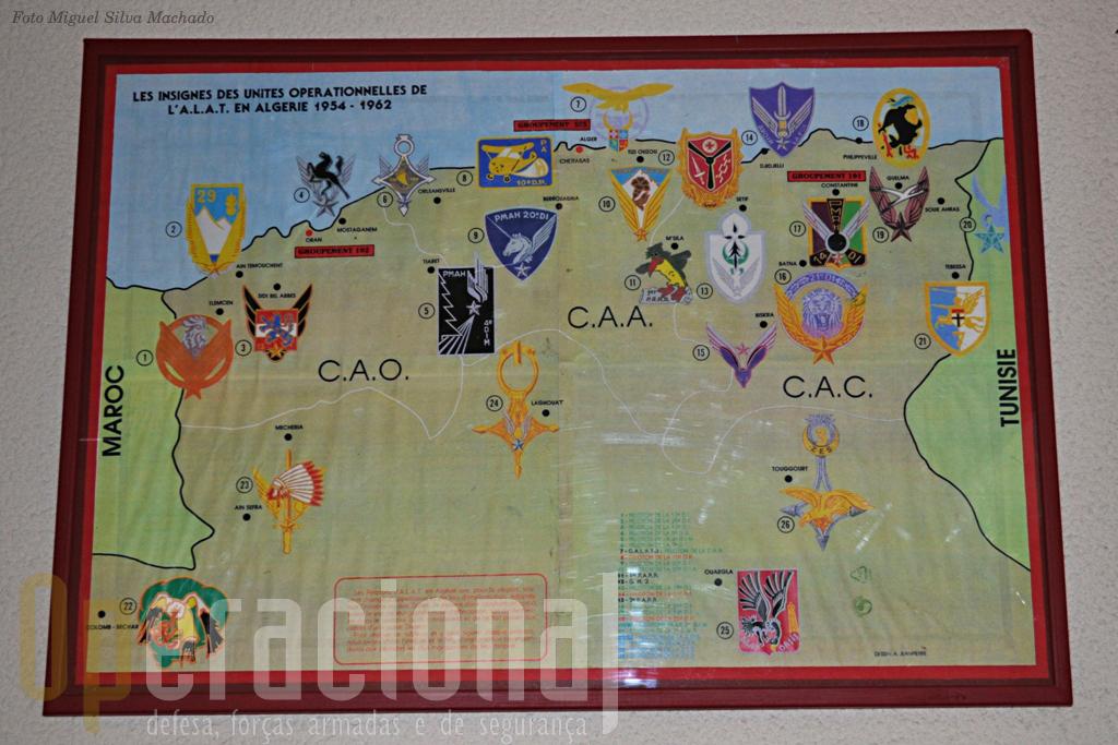 Pelos simbolos das unidades da ALAT na Argélia é bem visivel o enorme empenhamento que os meios aéreos do Exército Francês tiveram neste conflito.