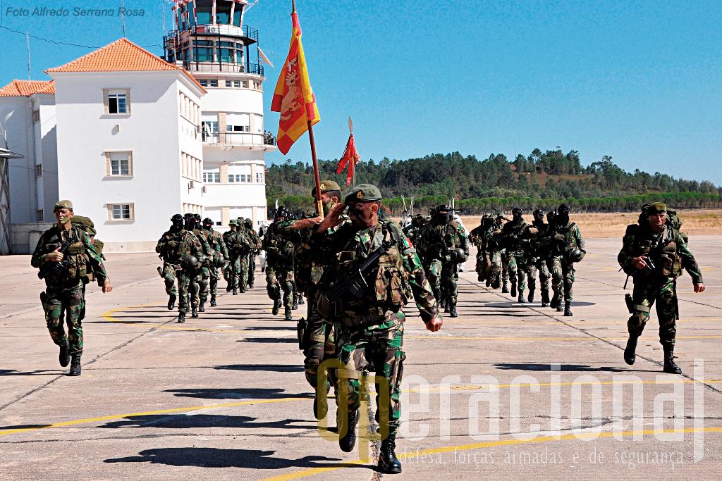 As forças de operações especiais de Lamego apresentaram em Tancos vários destacamentos operacionais