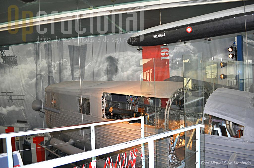O dirigivel de fabrico alemão Zeppelin LZ 113, usado na 1ª Guerra Mundial a partir de 1917, e entregue a França em 1920 como compensação de guerra.