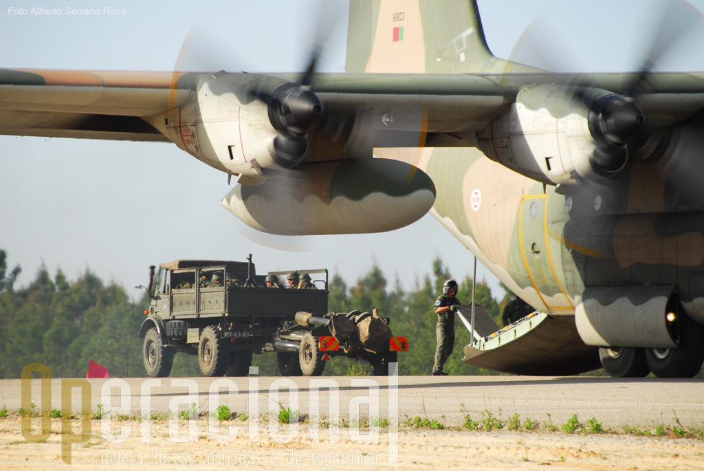 c130-e-light-gun-aterragem