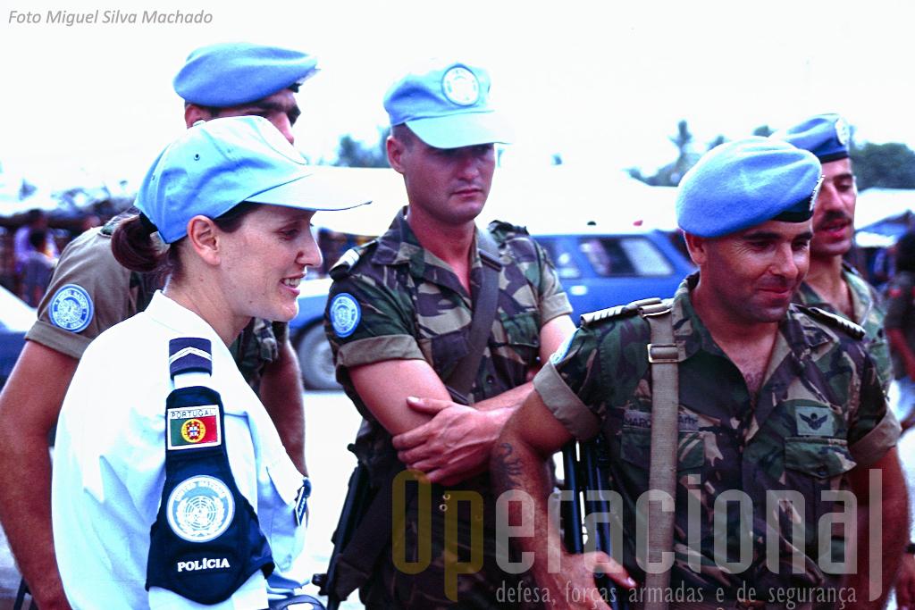 A PSP também chegou nos primeiros tempos a Timor e tem tido uma presença continua na força das Nações Unidas e ao serviço da Embaixada de Portugal, tendo aqui o GOE desempenhado um papel de destaque.