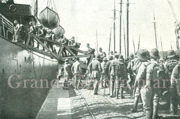 O Batalhão de Infantaria n.º 23 embarca com destino a Moçambique In: Ilustração Portuguesa (Colecção particular)