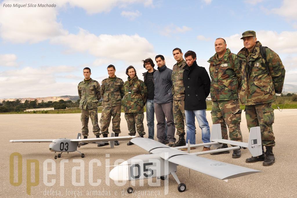 "A equipa presente do dia da visita do ""Operacional"": Da esquerda,"