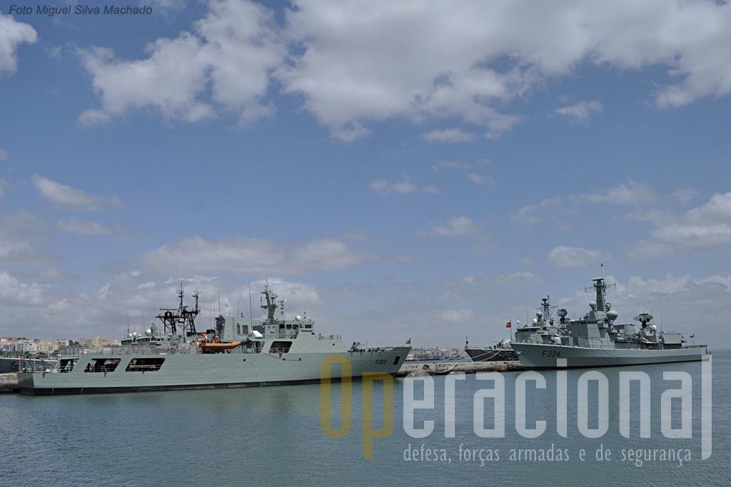 """O """"Viana do Castelo"""" em Maio de 2011 na doca 3 da Base Naval de Lisboa, no Alfeite, frente à fragata """"D. Francisco de Almeida""""."""