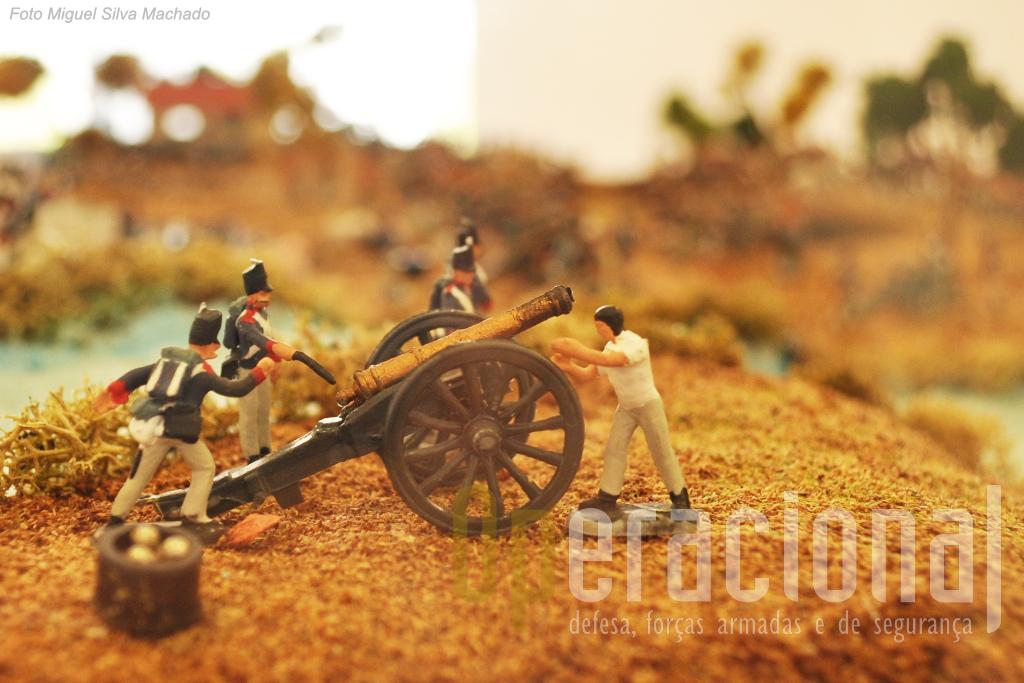 """A """"batalha construída"""" pelo Arquitecto/Professor Augusto Silva e alunos da Escola Dr. Afonso Pereira Rodrigues da Lourinhã, permite uma interessante visualização do campo de batalha..."""