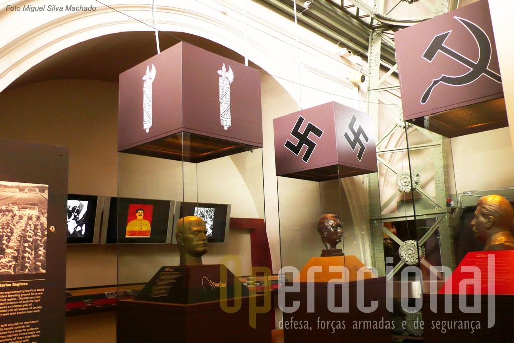O caminho para a 2.ª Guerra Mundial desde a revolução bolchevique na Rússia e a tomada do poder em Itália por Mossulini e Hitler na Alemanha, estão presentes com muitos uniformes, insignias, armas, filmes e outros elementosa destes países e suas organizações.