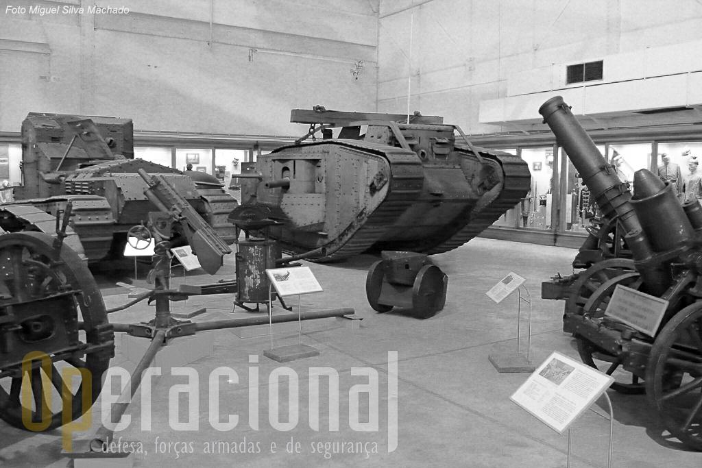A sala dedicada à Grande Guerra tem uma enorme colecção de armamento de todo tipo e de usado no conflito por vários países, aliados ou não.