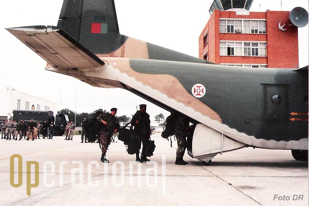 Coube à Base Operacional de Tropas Pára-quedistas N.º 2 de S. Jacinto - Aveiro, fornecer o Destacamento de Tropas Pára-quedistas que foi empenhado nesta operação pioneira a nível das Forças Armadas Portuguesas.