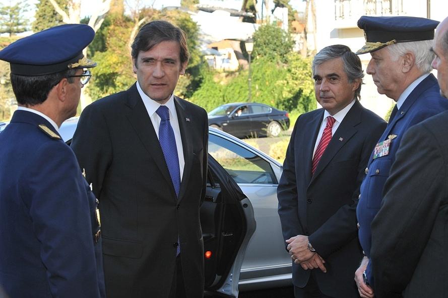 """Na primeira vez que se dirigiu às Forças Armadas na qualidade de Primeiro-Ministro, Pedro Passos Coelho apontou na sua intervenção no IESM em 24 de Novembro de 2011, o caminho para a """"Reforma e Modernização""""."""