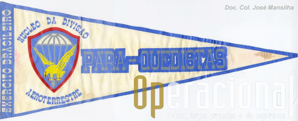 Desde muito cedo que alguns aspectos do pára-quedismo militar no Brasil - baseado ele próprio na doutrina US, mas com algumas particularidades - foram inspiração para as Tropas Pára-quedistas Portuguesas.