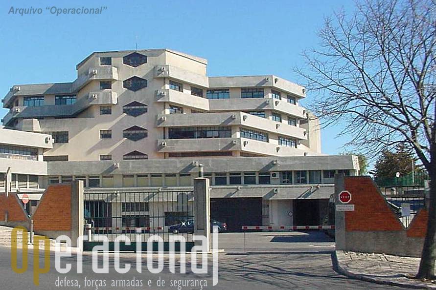 A sede da PJM em Lisboa funciona neste edificio no Restelo, junto ao Ministério da Defesa Nacional e Estado-Maior General da Defesa Nacional.