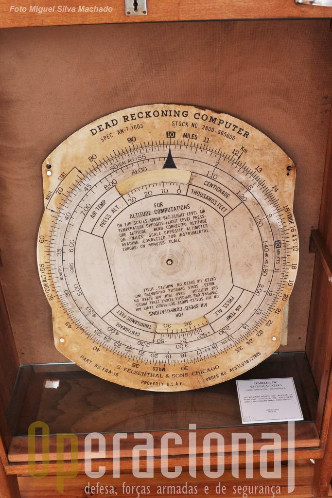 Computador? Aparelho de navegação aérea para instrução que resolvia (1950) os principais cáculos de navegação aérea, navegação visual e estimada!